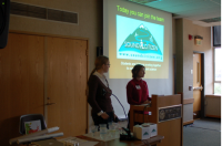 UW students Brittany Kimball and Jaqui Neibauer introduce the Sound Citizen project to marine volunteers