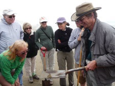 Dr. Stewart Schultz, OIMB, and volunteers in the Coastal Master Naturalist Program explore organisms of the sandy shore