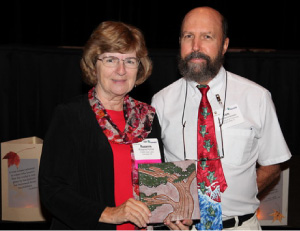 Roseanne Fortner receives NAAEE award